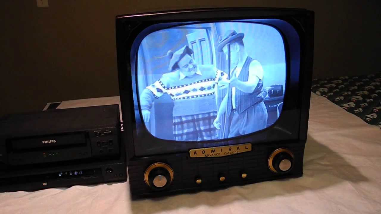 restoration of a 1955 admiral t1832x television