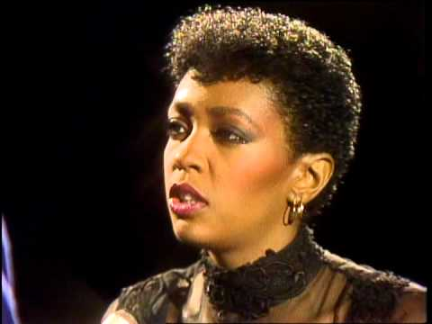 Dick Clark Interviews Anita Baker on American Bandstand 1984