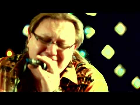 Максим Гребинчуков   Europa ( Carlos Santana ) на сл.М.Гребинчукова
