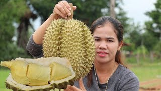 Awesome Cooking Durian Sticky Rice Desert Delicious Recipe - The King Of Fruit -Primitive Technology