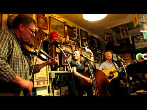 """LIVE FROM THE COOK SHACK - FREEMAN & WILLIAMS - """"June Apple"""""""