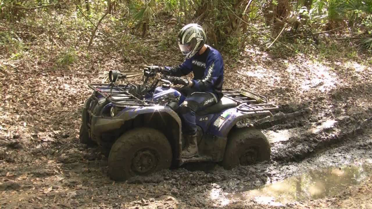 Yamaha Grizzly 450 4x4 In The Mud Hd Youtube