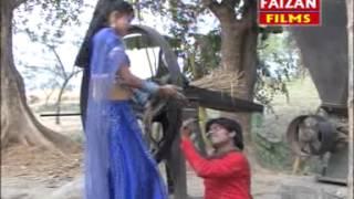 HD 2014 New Bhojpuri Hot Song | Hamra Chhatiya Se Chunari Sarak Gaile |  Priyanka Bharti