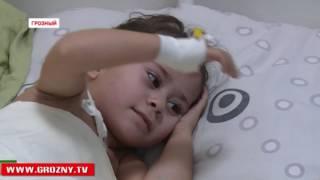 Фонд Кадырова подарил шанс на выздоровление маленькой Марьям Юнаевой