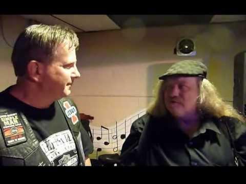 Lynyrd Skynyrd plane crash survivor - Paul Welch - YouTube Lynyrd Skynyrd Plane Crash Survivors