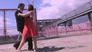 Tango on Bridge