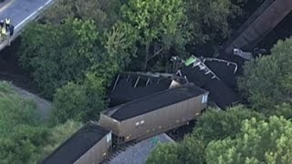 Raw: Train Hauling Coal Derails in Rural Texas