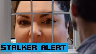 Chantal Marie aka Foodie Beauty & Her Fatal Attraction | Stalker Storytime & Dominos Pizza Mukbang