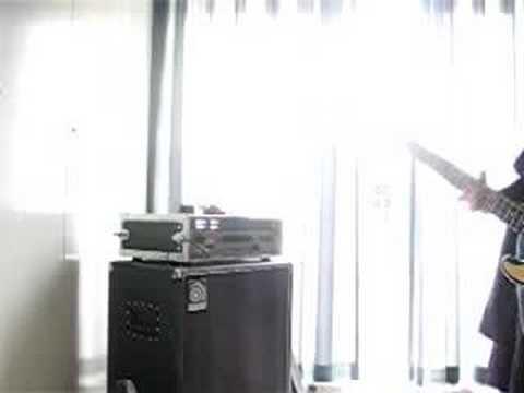 rig demo ashdown mag300/ampeg svt410he/MIA fender prec.