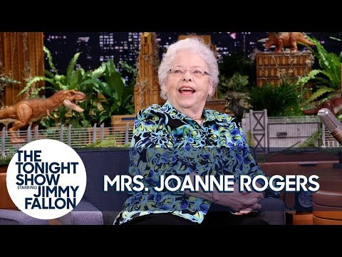 Mrs Joanne Rogers Recalls Mister Rogers Neighborhood Tackling Racism With A Kiddie Pool Youtube