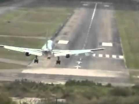 YouTube   World s Most Dangerous Airport   Honduras