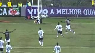Gol de Juninho contra o Corinthians [free kick] (2011)