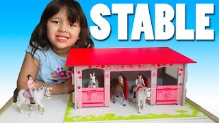 Stable and Horses Playset from Papo and Schleich Farm Life Playmat