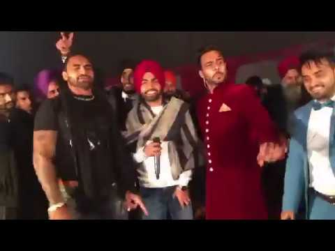 Mankirt Aulakh Live With Ammy Virk & Rashem SIngh Anmol At Wedding || Latest Live Videos 2017