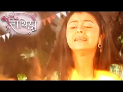 gopi-to-fight-with-fire-in-ahem-&-gopi's-saath-nibhana-saathiya-28th-march-2014-full-episode