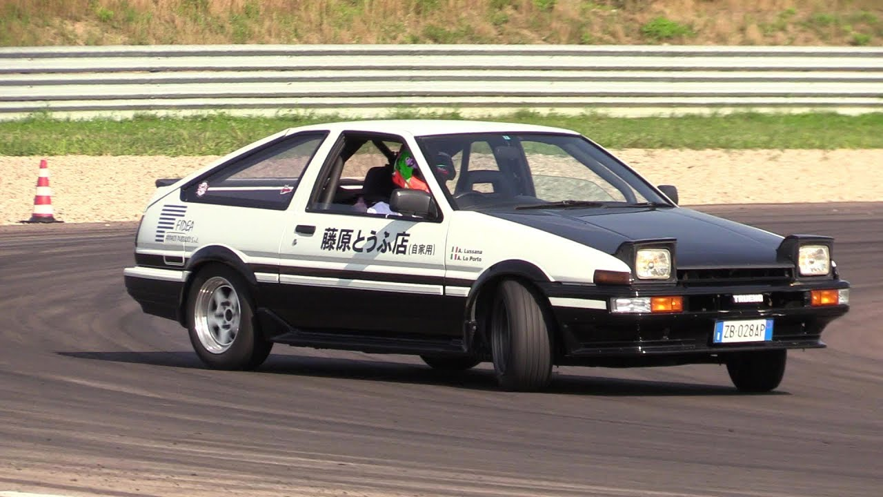 toyota ae86 sprinter trueno drifting pure sound on. Black Bedroom Furniture Sets. Home Design Ideas