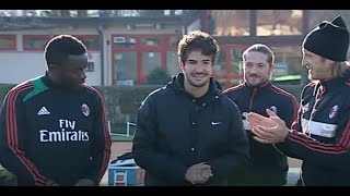 Pato saluta il Milan - Pato salutes Milan [One Direction - Little Things]