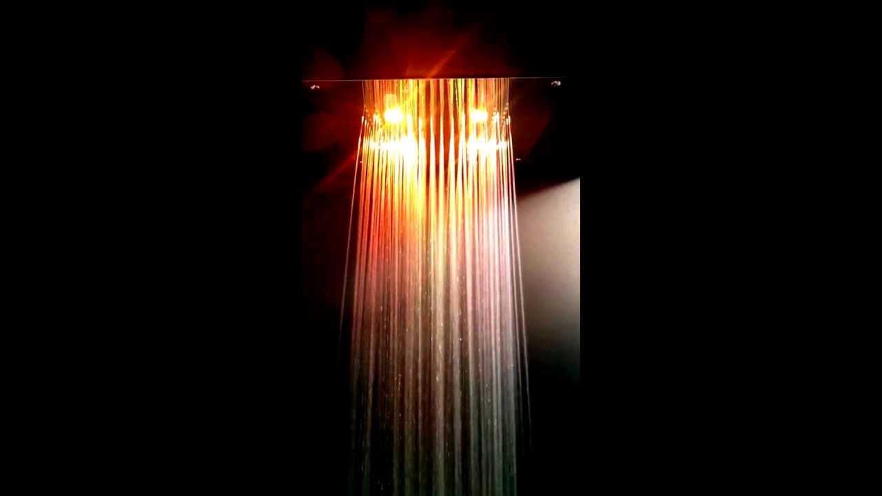 Soffioni doccia a led con cromoterapia youtube - Doccia con led colorati ...