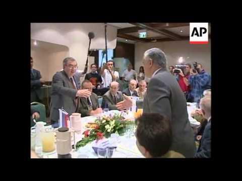 MIDDLE EAST: ARAFAT UNSURPRISED BY POSTPONEMENT OF PEACE TALKS