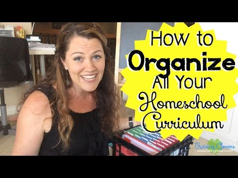 HOW TO ORGANIZE YOUR HOMESCHOOL CURRICULUM: 5 Simple Systems!