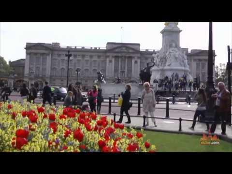 Explore London Parks - St James Park - Video Travel Guide
