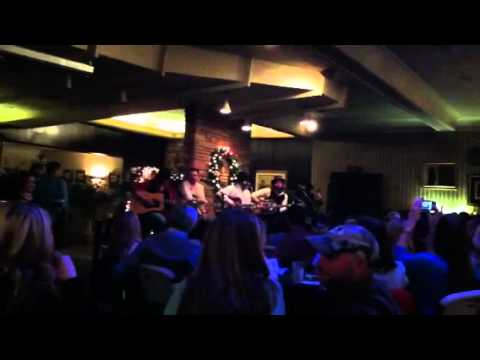 Braun Family acoustic show