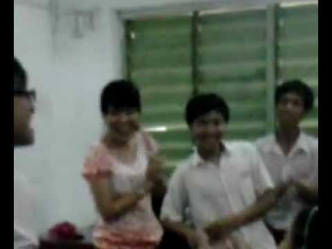 Lớp 93 trường thcs nguyễn huệ hát chia tay cô Thu