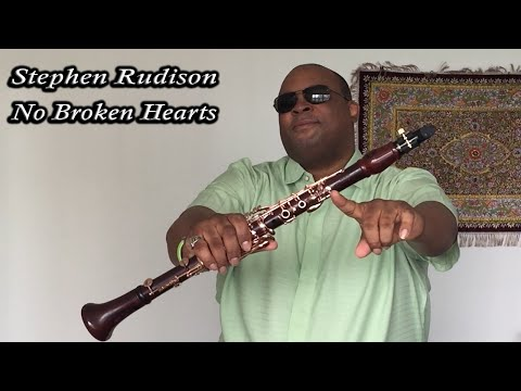bebe-rexha---no-broken-hearts-(clarinet-cover)-stephen-rudison-on-apple-&-spotify