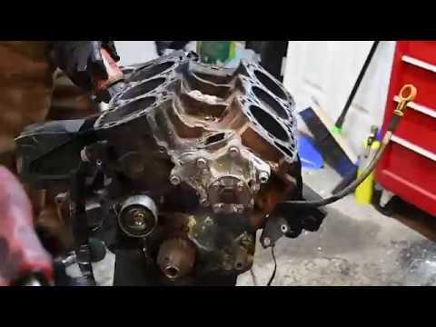 VG30E Tear down