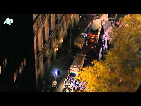 Raw Video: Piles of Trash Near Zuccotti Park
