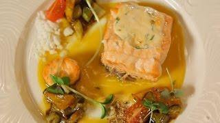 Запеченный лосось со сливочным соусом. Рецепт от шеф-повара