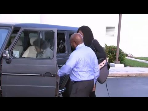 بعد تسببها في مقتل شخص بحادث سير، فينوس ويليامز تتوصل إلى تسوية مع عائلة الضحية …  - نشر قبل 32 دقيقة