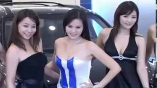 Repeat youtube video Vivi wang oops moment at taiwan hyundai show