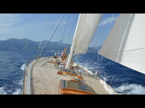 Charter sailing yacht Whitefin