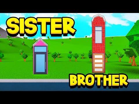 SISTER Vs BROTHER 1x1 BLOXBURG HOUSE BUILD OFF!! (Roblox)