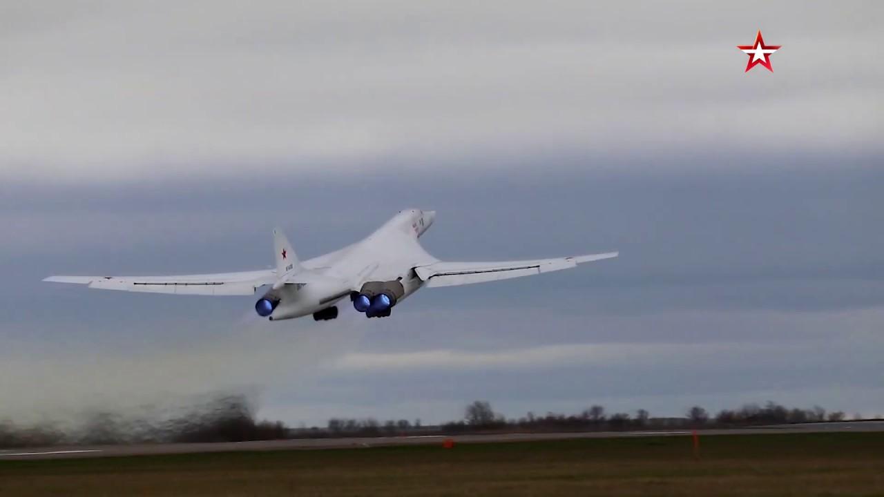 «Белые лебеди» в небе над Балтикой - YouTube
