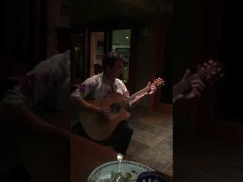 MAKANA singing n playing slack key guitar