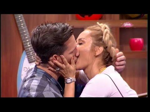 Poljubac Goce Trzan i Raše (Ami G Show S09)