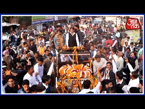 100 Shehar 100 Khabar: Raj Babbar Road Show In Aligarh