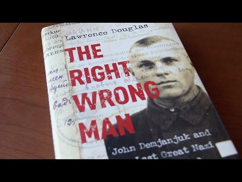 The Right Wrong Man - Lawrence Douglas