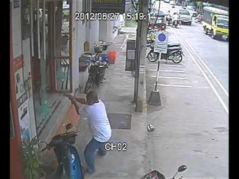 ปล้นร้านทองทับสะแก กล้องหน้าร้าน 2