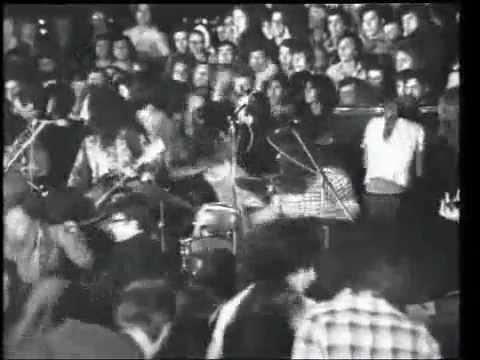Socrates Drank The Conium 1973, Live στον Αγιο Κοσμα