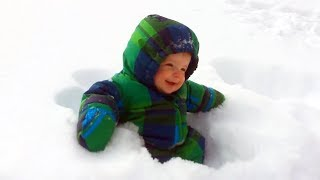 Funny Babies SNOW FAILS - Funny Stupid Parents Videos