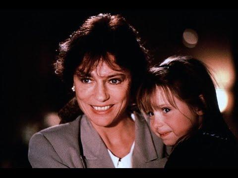 Служанка - романтическая комедия (1990)