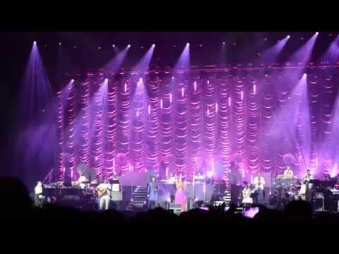 A R Rahman - Munbe Vaa - The Greatest Hits Live - London O2