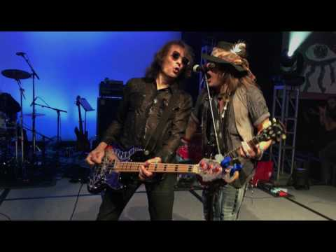 Schools Out - Original Alice Cooper Band Music Biz Awards Nashville TN May 15th 2017