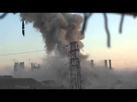 "Huge explosion as Hell Cannon hits ""weapons cache"" in Syria - Truthloader"