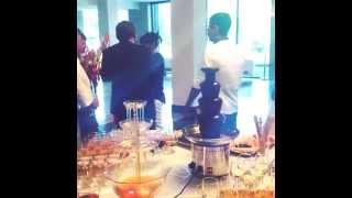 видео Аренда пресс волл на свадьбу