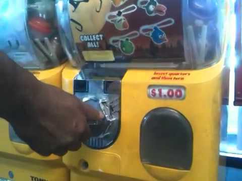tomy gacha machine