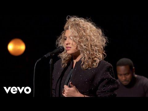 Tori Kelly - Nobody Love - Vevo dscvr (Live)